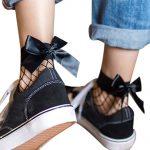чорапи мрежа с черна сатенена панделка